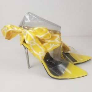 So Me Harriet 2 yellow lace up chain print straps